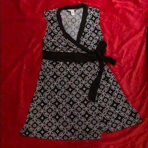 {WHBM} Wrap Dress ❤️